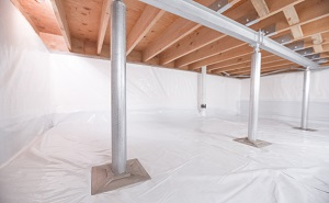 Crawl space structural support jacks installed in Culpeper